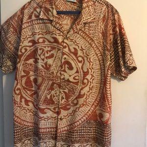 Polynesian print collared shirt